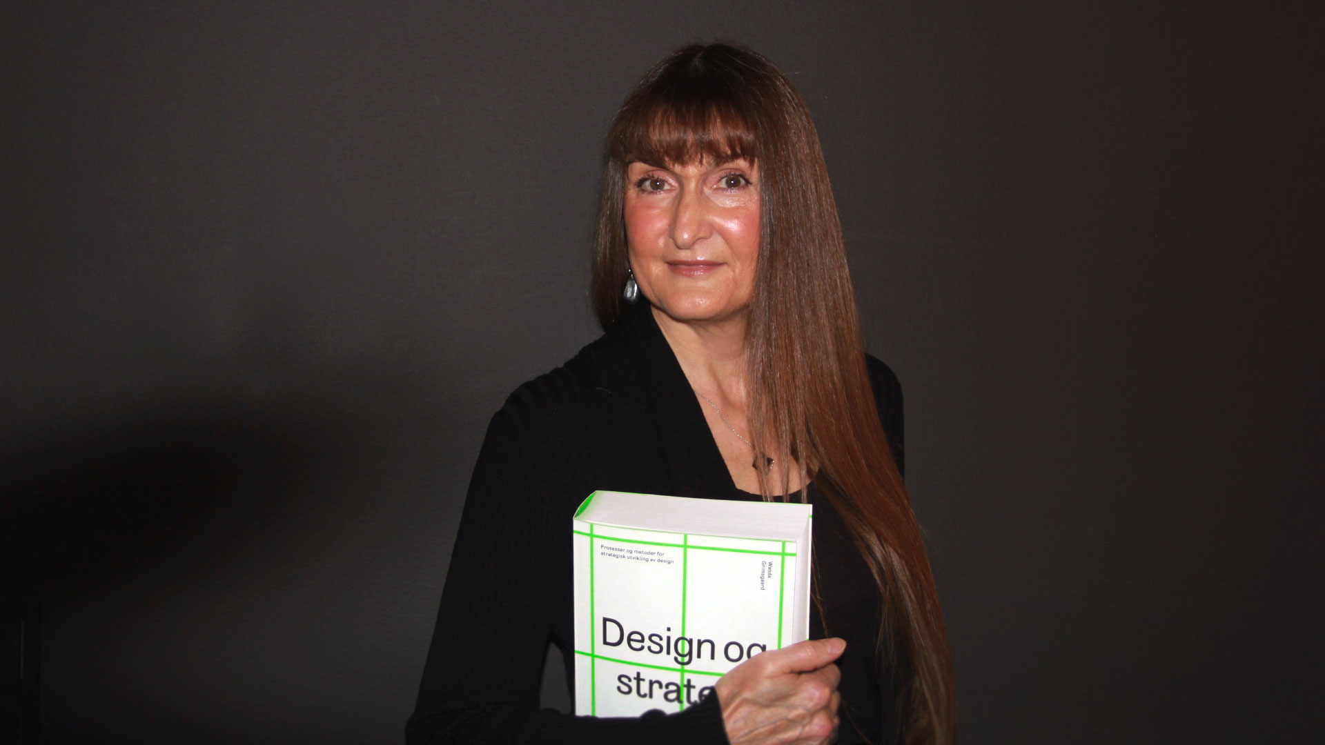 """""""Design og strategi"""" [Design and Strategy] by Wanda Grimsgaard is a primer on strategy and design. Photo by Sidsel Lie."""